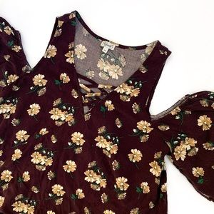 Kismet Floral Cold Shoulder Shirt